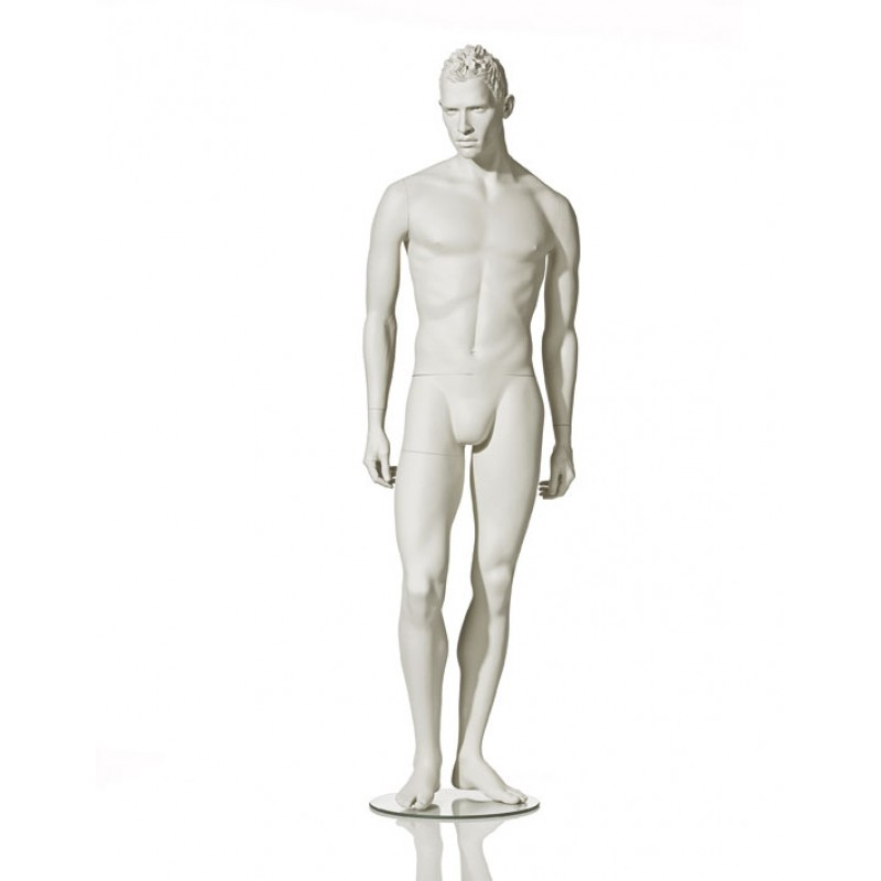 MALE MANNEQUIN - STYLISED – RELAXED POSE – HINDSGAUL