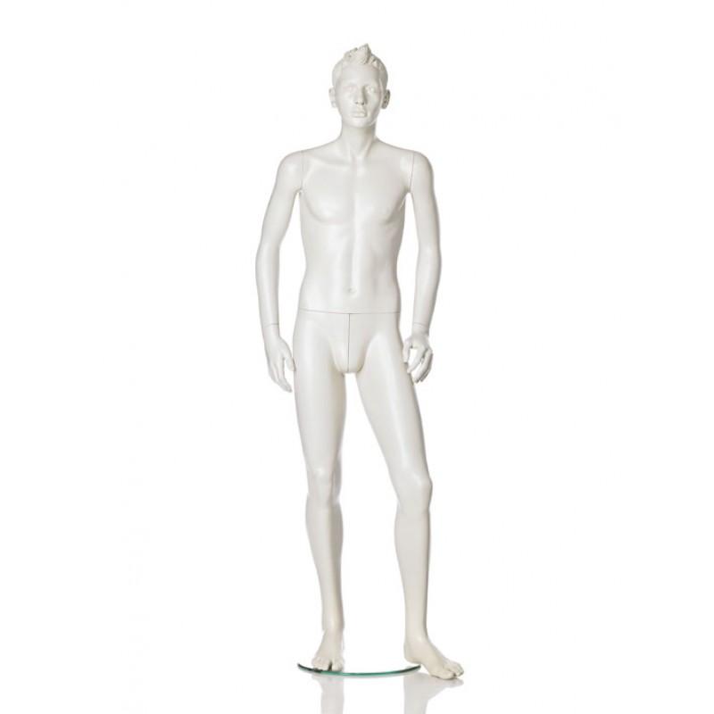 Hindsgaul stilistisk tween dreng. Højde 167 cm