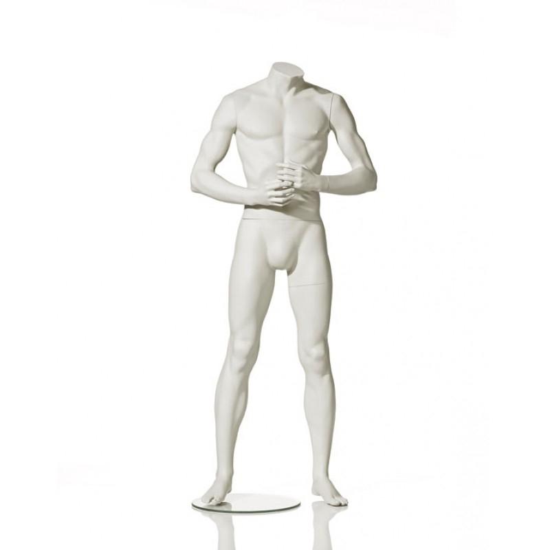 Herrenfigur – Arme vorm Körper – Hindsgaul